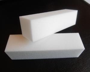 2 Blocs-polissoirs blancs pour manucure