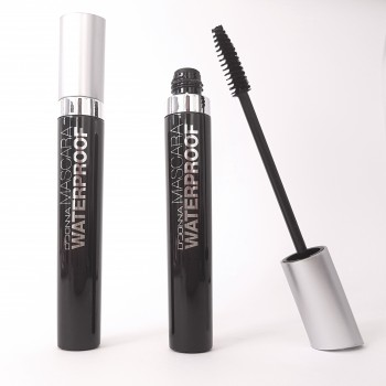 Mascara waterproof – très pratique