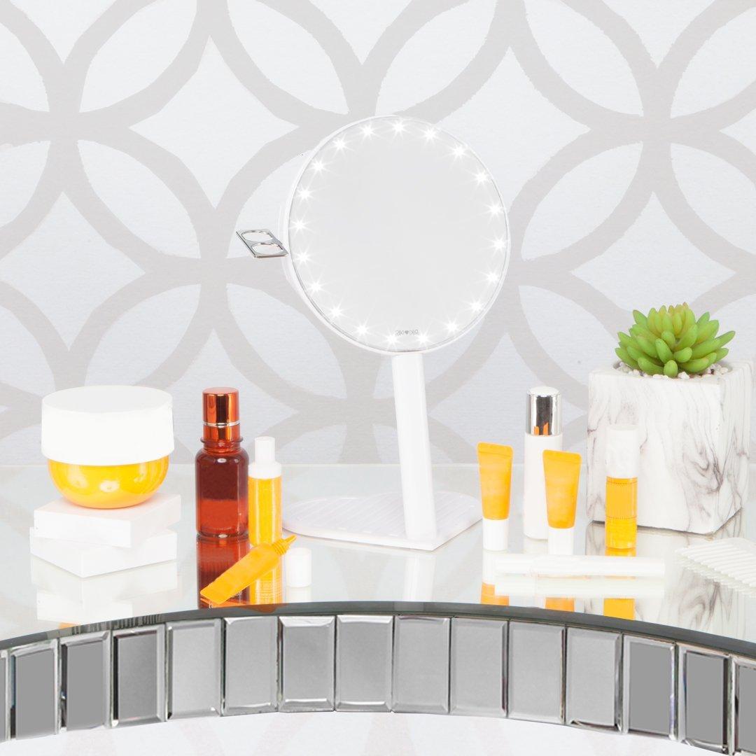 Miroir grossissant glamcor riki graceful 7x avec clairage - Miroir avec eclairage led ...
